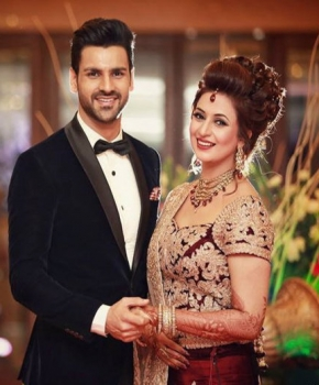 Divyanka Tripathi And Vivek Reception Photos